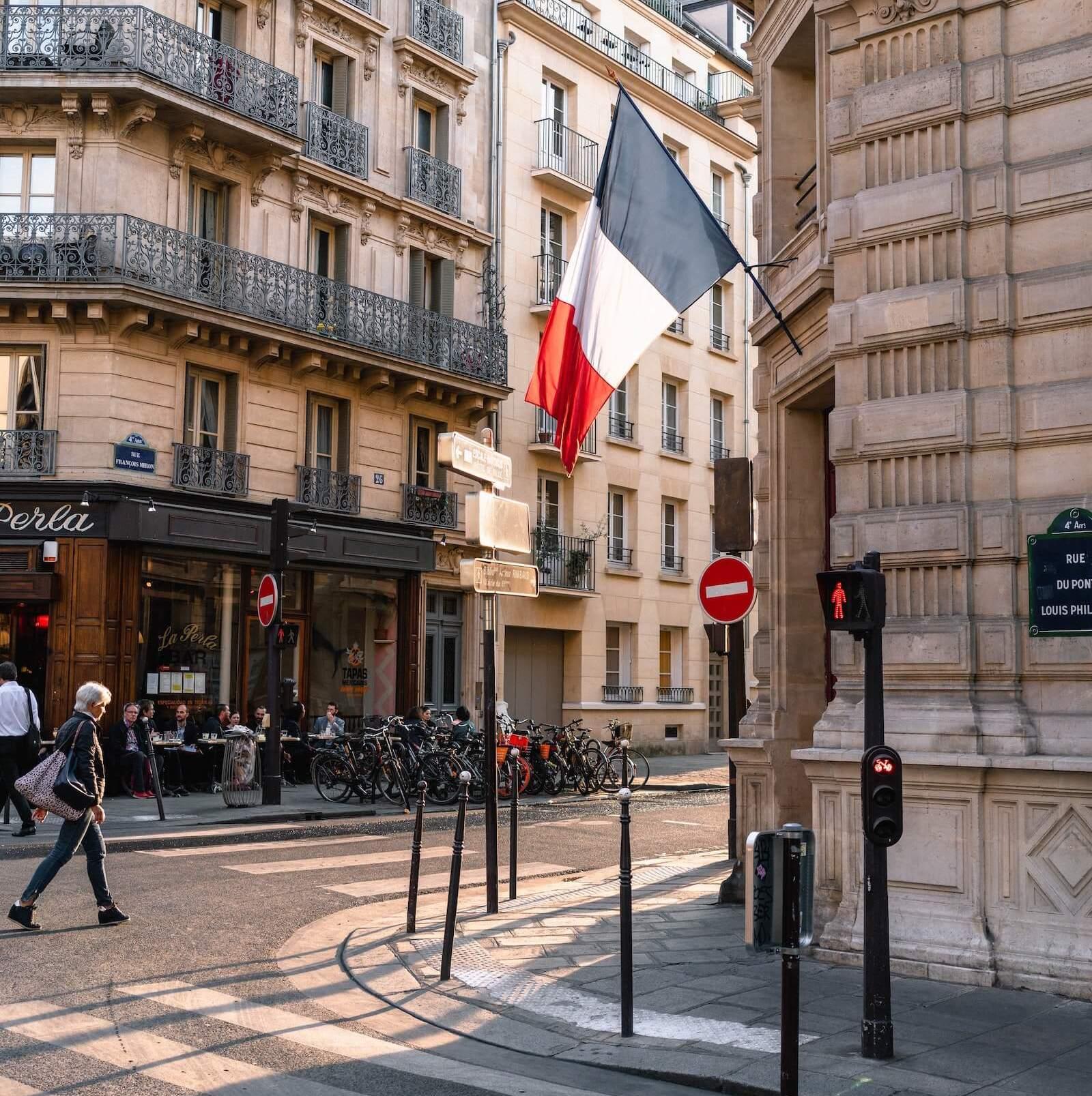 La risoluzione per eccessiva onerosità nell'ordinamento francese